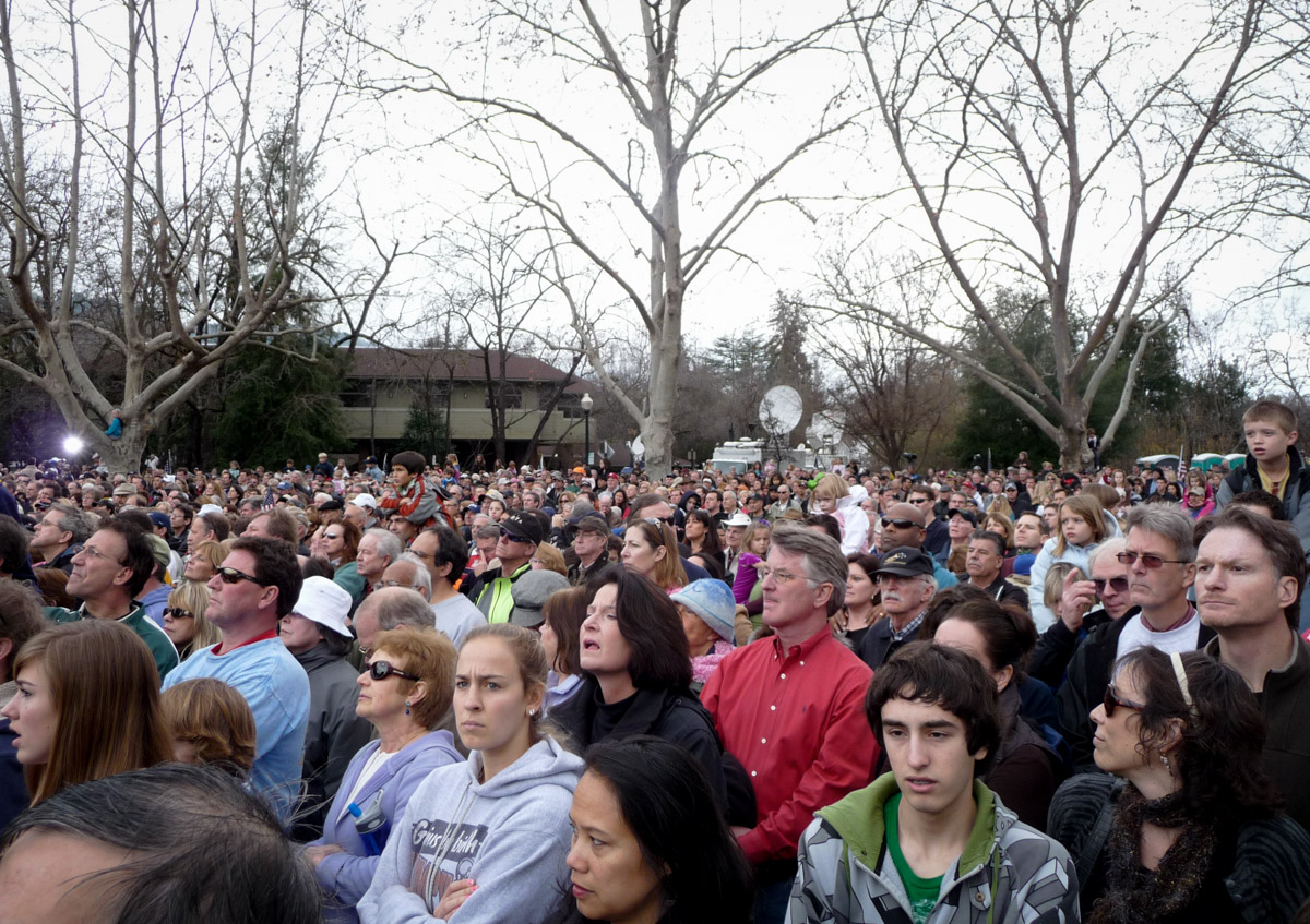 Welcome Home Sully Crowd 5